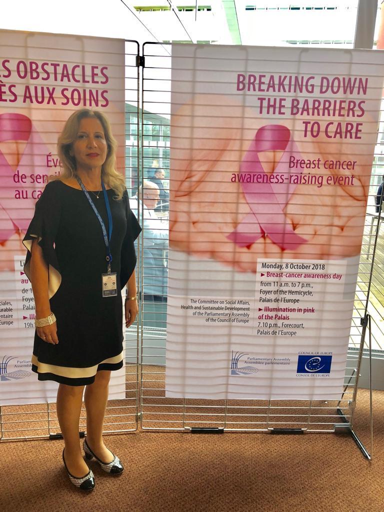חודש מודעות לסרטן השד מצוין במועצת אירופה